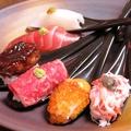 料理メニュー写真新名物!原価ど返し一口スプーン寿司