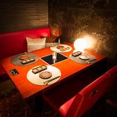 ほのかな灯りともる落ち着いた個室。数少ないお席となっておりますのでお早目のご予約を!!
