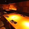こちらもロフト上にあるお席で、6名様用となっております。付けることは出来ませんが、3~4名様のテーブルも同じスペースにございます。