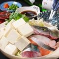 料理メニュー写真湯豆腐鍋・ブリしゃぶ・真鯛しゃぶ・鶏しゃぶ・牛しゃぶ・生牡蠣しゃぶ