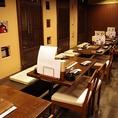 《2F/テーブル席》こちらのフロアには4名様用のお席を多数ご用意しております☆お仕事帰りや、急な飲み会、友人との飲み会にぴったり!また隣のテーブルを繋げれば大人数でもOK!