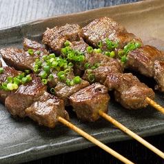 レンコンはさみ焼き串/赤ウインナー串/牛タン串/よもぎ生麩串/牛ハラミ串/エビチリ串/ミノサンド串