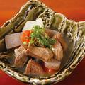 料理メニュー写真牛タン塩麹煮込み