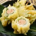 定番から創作まで30種類以上の天ぷらメニューを取り揃え!お気に入りの一品をぜひ探してみてください♪使用する油や食材にこだわりながらもリーズナブルな価格でご提供しております!