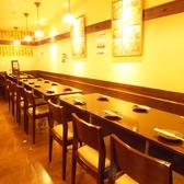 お席の間隔が広いので、他のお客様を気にすることなくお食事して頂けます。大人数でのご来店でもご安心して頂けます。人数に合わせてご対応させていただきます。