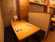 半個室空間のボックス席もご用意しております!家族連れやデートなどにもご利用できます!