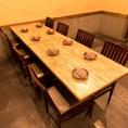 8人掛けのテーブルもご用意ございます!少人数~大人数での宴会はカレッタ汐留の越後屋をぜひご利用ください♪