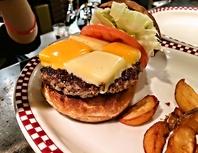 店主のこだわり!日本人がつくるハンバーガー!