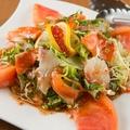 料理メニュー写真日替わり鮮魚の海鮮サラダ