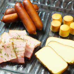 燻製盛合せ(チーズ・ベーコン・ウィンナー)