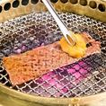 炭火で焼いたもとぶ牛が口の中でとろけます!