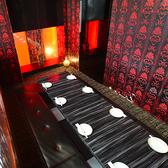 団体様も個室でご案内!きらびやかな金と木目の温もりある和モダン空間はプライベートな飲み会から会社宴会まで幅広くお使いいただけます☆雰囲気抜群の空間で上質な時間を…♪