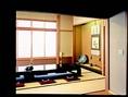 宴会や接待などにお勧めな、お座敷個室は、最大14名様まで収容可能です。