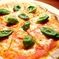 料理メニュー写真ピッツァマルゲリータ