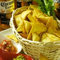 料理メニュー写真サルサ&チップス