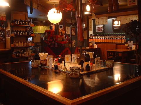 昔懐かしの昭和の味のある空間!旬の鮮魚や牛タンと日本酒・焼酎で飲み語ろう!