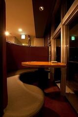 人気のカップルシート!オーシャンビューを眺めながらお食事が楽しめます。ぜひお問い合わせください。