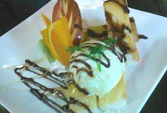 料理メニュー写真メープルバニラトースト