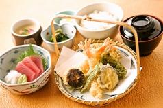和食NOWジョイ 金閣寺店の写真