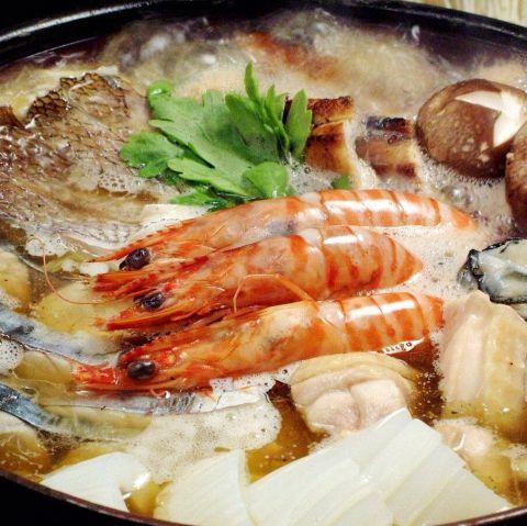 全4品、8種の海鮮(鯛・白子等)の『贅沢大漁鍋コース』3800円(税抜)※飲放別途追加
