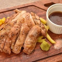 鶏もも炭火焼きステーキ ポテト付 (150g)