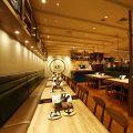 CHEESE KITCHEN RACLER チーズキッチン ラクレ 新宿 高島屋タイムズスクエアの雰囲気1