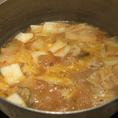 〆には、白菜キムチをたっぷり入れて雑炊orうどんを楽しめます!おすすめはキムチうどん☆