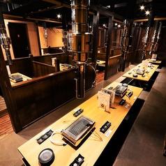 2月にオープンしたばかりの店内は清潔感があり、お肉をより美味しくお召し上がり頂ける和空間。少人数のお食事会から大規模のご宴会までご予約お待ちしております。