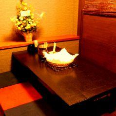 会社帰りだけでなく、デートや女子会にも!2~4名OKの個室です。
