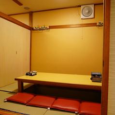 広々掘りごたつの個室は人数に合わせてご利用いただけます。密を避けてプライベート空間で周りを気にせずお愉しみください。