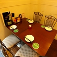 18席(カウンター6席 テーブル4名席×3)