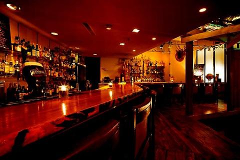 BARON de cocktail salon