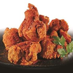 [自家製]若鶏の唐揚げ/唐辛子たっぷり レッド/秘伝の黒醤油ダレ ブラック