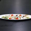 料理メニュー写真タコのカルパッチョ(バジル風味)