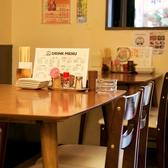 人数に合わせて調整も可能なテーブル席!
