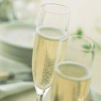 シャンパン一杯サービス