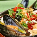 料理メニュー写真魚介のアヒーリョ