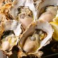 料理メニュー写真生牡蠣・焼牡蠣・蒸牡蠣