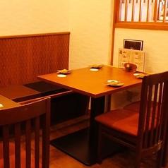 【4名掛けテーブル】少人数のご宴会や女子会に◎♪喫煙