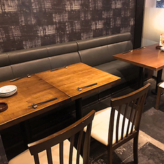 【テーブル席】25席ございます!テーブル席なのでくつを脱がずに食事をお愉しみいただけます。