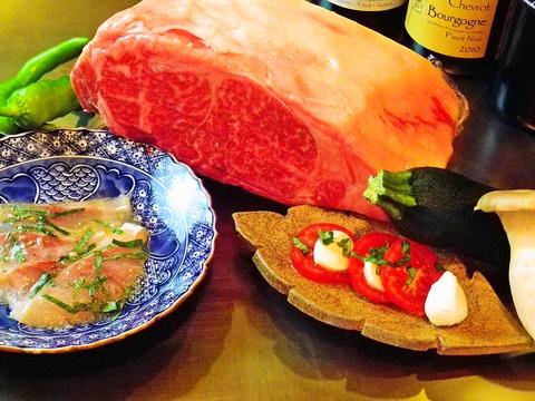 厳選の黒毛和牛と旬の京野菜を、磨きこまれた厚さ3cmの鉄板で、目の前で焼き上げる。