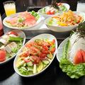 料理メニュー写真イタリアンサラダ(写真中央)