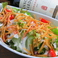 料理メニュー写真ぱりぱりトルティーヤのサラダ