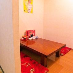 4名様用個室。テーブルを繋げれば10名様程度までOK!