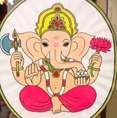 インドの装飾が店内のあちこちに飾ってあります。