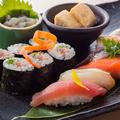 料理メニュー写真■つまみ寿司の盛り合わせ