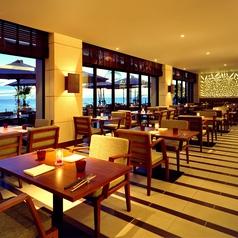 落ち着いた雰囲気でゆっくりとお食事を楽しめます。