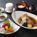料理メニュー写真煮魚和膳