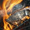 """【高知直送新鮮魚介】高知県より漁師荒木さんが一本釣りで釣り上げた新鮮な海鮮を直送でお客様にお届けします。この時期は脂の乗った天然鰤や、旬の走りの初鰹がオススメです!""""美味しんぼ""""にも取り上げられた『土佐の塩丸』でお召し上がりくださいませ。"""