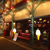 吉祥寺のアメリカンダイナー★☆1Fは開放的な雰囲気♪